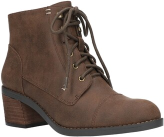 Bella Vita Sarina Lace-Up Boot