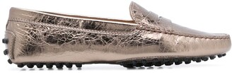 Tod's creased-effect Gommino loafers