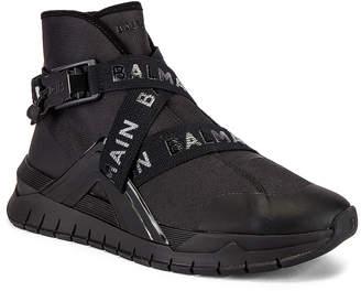 Balmain B Troop Strap Sneaker in Noir & Noir | FWRD