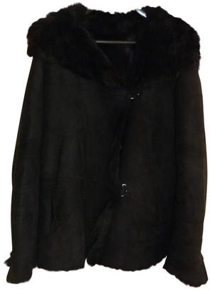 Ventcouvert Black Shearling Coat for Women
