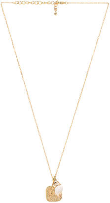 Five and Two jewelry Wren Necklace