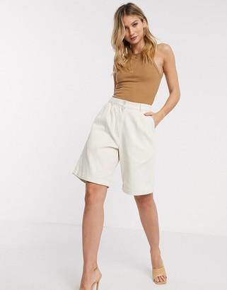 Vero Moda Aware high waisted city shorts in cream