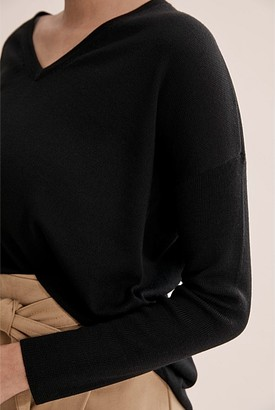 Country Road Verified Merino Wool V-Neck Knit