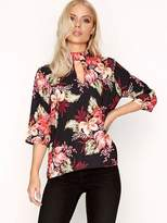 Girls On Film Floral Keyhole Top