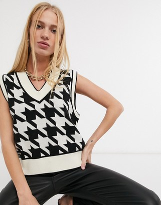 Y.A.S knitted vest in oversized houndstooth
