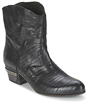 VIC GINCO women's Low Ankle Boots in Black