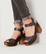 Kelsi Dagger Frontam Shoe