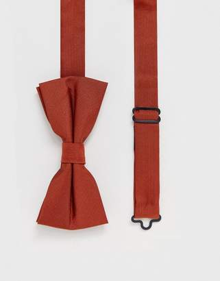Twisted Tailor bow tie in rust-Brown