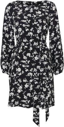 Wallis PETITE Black Floral Print Fit and Flare Dress