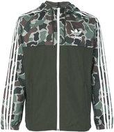 adidas camouflage print windbreaker jacket - men - Polyester - XS