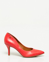 Le Château Brazilian-Made Leather Pointy Toe Pump
