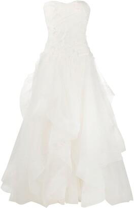 Alberta Ferretti Lace Ruffled-Panel Gown