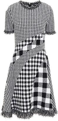 Oscar de la Renta Frayed Paneled Gingham Boucle-knit Dress