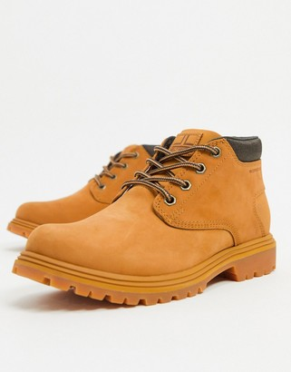 Helly Hansen Saddleback Chukka boot in honey wheat