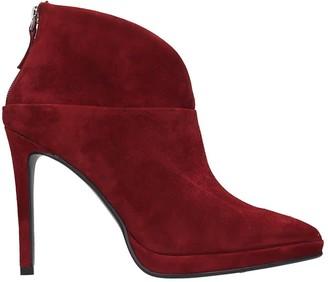 Lola Cruz High Heels Ankle Boots In Bordeaux Suede