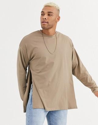 BEIGE Asos Design ASOS DESIGN oversized long sleeve t-shirt with extreme side splits in