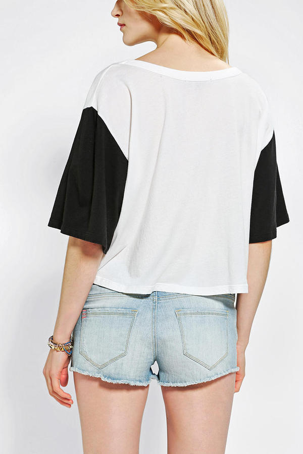 Truly Madly Deeply Cities Cropped Tee