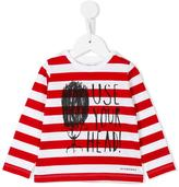 Burberry use you head printed top