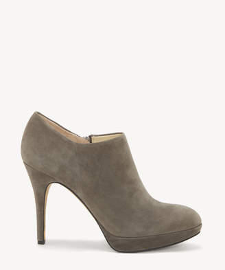 Vince Camuto Women's Elvin Ankle Bootie Shady Grey Size 5 Suede From Sole Society