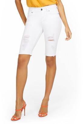 New York & Co. Mya Curvy High-Waisted Sculpting No Gap 13-Inch Bermuda Short - White