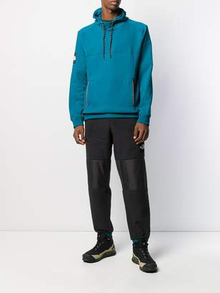 The North Face logo patch relaxed-fit hoodie