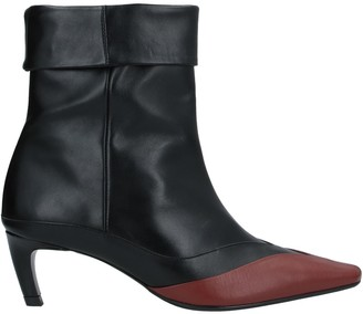 SALONDEJU Ankle boots