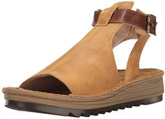 Naot Footwear Women's Verbena Sandal Oily Dune Nubuck/Maple Brown Lthr 5 M US