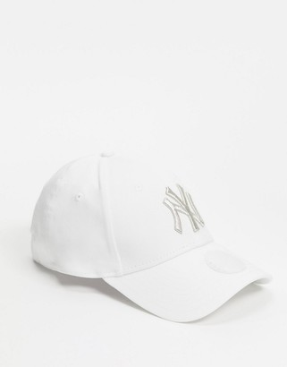 New Era NY 9Forty cap in white with metallic logo