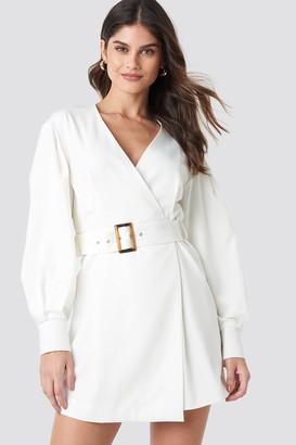 NA-KD Balloon Sleeve Belted Blazer Dress White
