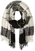 David & Young Women's Large Scale Blanket Wrap with Fringe