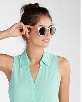 Express no pocket sleeveless portofino shirt