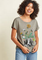 ModCloth Garden of Ideas Graphic T-Shirt in L - Short Sleeves Mid-length