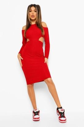 boohoo Textured Cut Out Waist Midaxi Dress