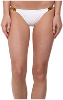 Vix Solid White Detail Full Bottom