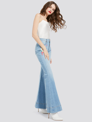 Alice + Olivia BEAUTIFUL EMBROIDERED BELL JEAN