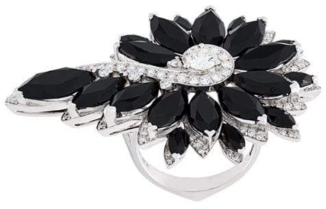 Stephen Webster flower diamond ring