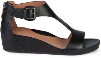 Gentle Souls Judith T-Strap Leather Sandals