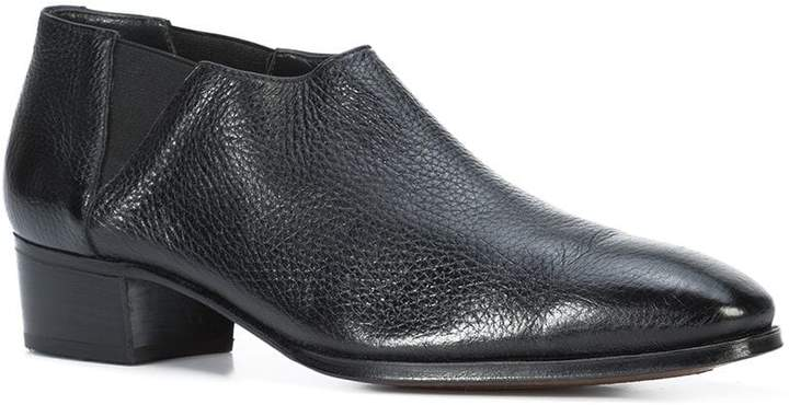 Gravati low ankle boots