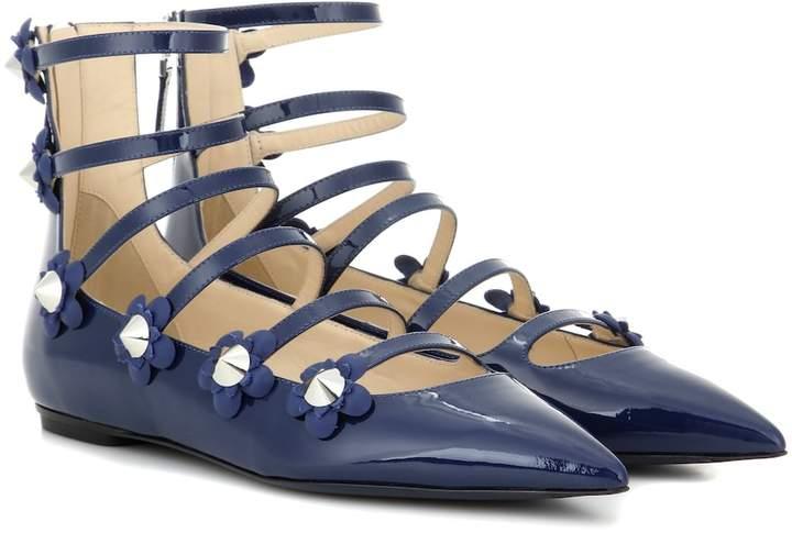 77714530 Embellished patent leather sandals