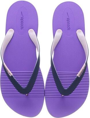Speedo Women's Saturate II Thong Flip-Flop