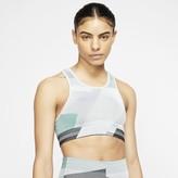 Nike Women's Seamless Light-Support Sports Bra Icon Clash