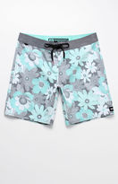 """Reef Hippie Flower 19"""" Boardshorts"""