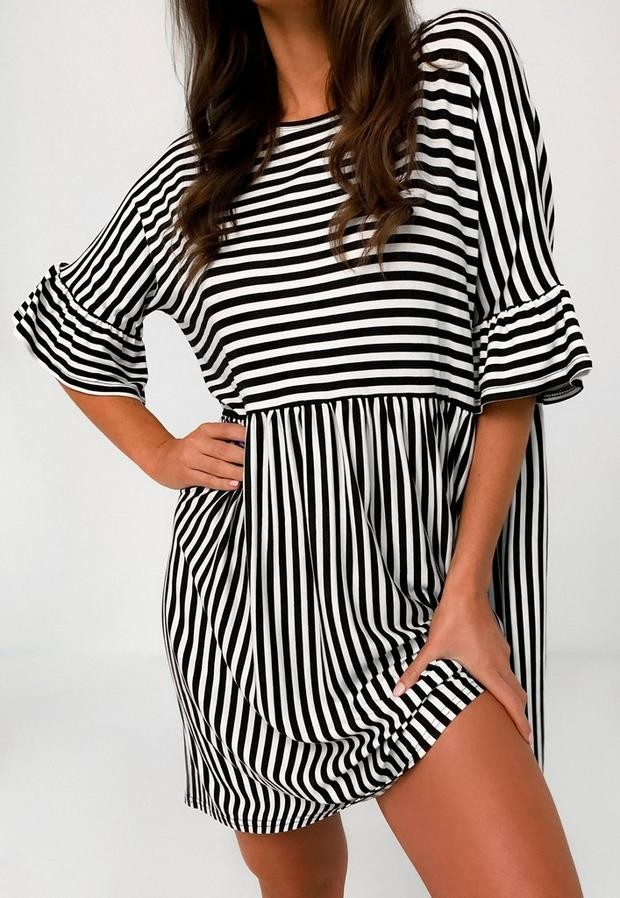Missguided Black Stripe Short Sleeve Smock Dress