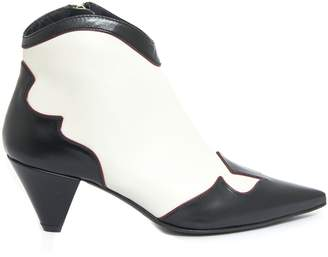 Roberto Festa Dehler Ankle Boot In Black And White Leather