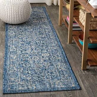 Bungalow Rose Leonora Bohemian Textured Weave Floral Indoor/Outdoor Navy Area Rug