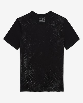 Express Black Geometric Moisture-Wicking Graphic T-Shirt