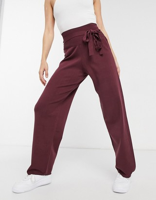 NATIVE YOUTH knitted high waist pants in burgundy