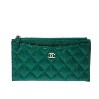 Chanel Green Leather Clutch bags