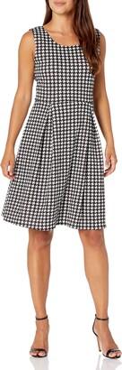 Star Vixen Women's Petite Classic Str Ponte Knit Slvlss Box-PLT FitnFlare Dress