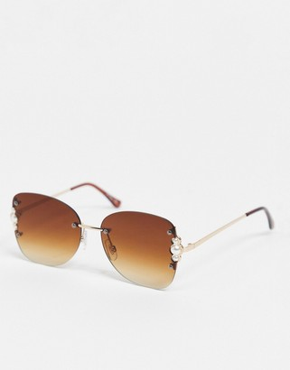 Jeepers Peepers womens round pearl detail sunglasses